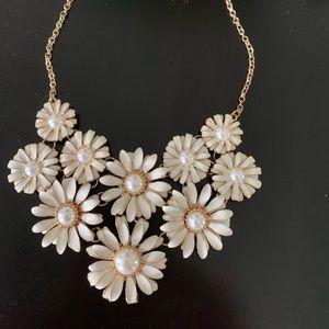 Francesca's pearl statement necklace